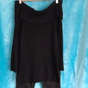 Portman's Black off the Shoulder top . Perfect condition , never worn